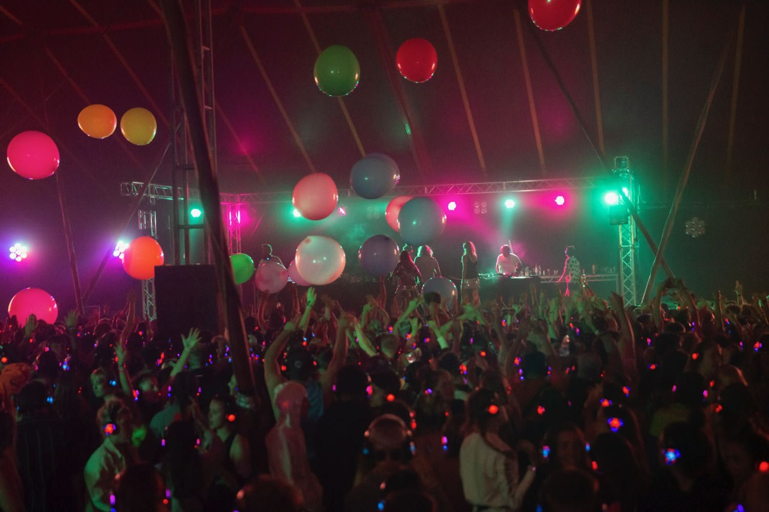 Buttoned Down Disco Indie Dance Party Reading Festival Silent Disco